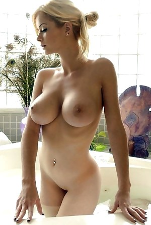 Big Tits Beauty Porn Pictures